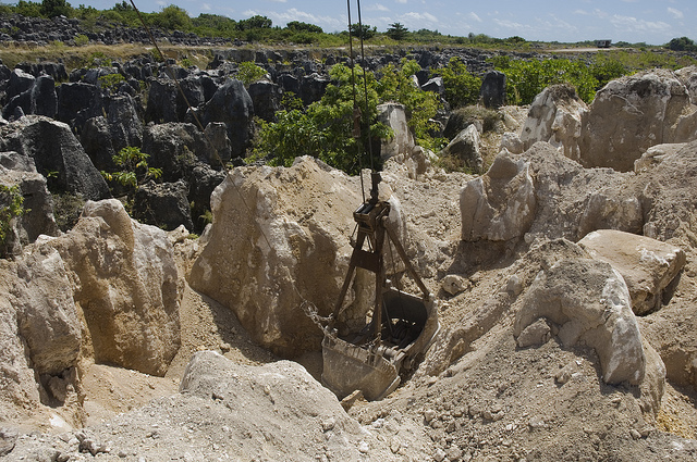 phosphate-rock-mine